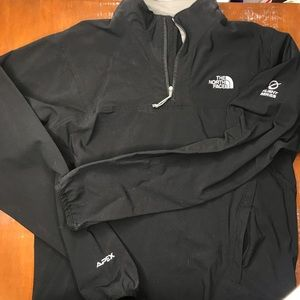 North face flight series pull over